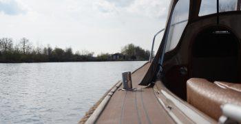 16 De Bruijs Vlet Cabin Sloep Polyester Diesel gebruikt als nieuw Korvet Jachtmakelaardij